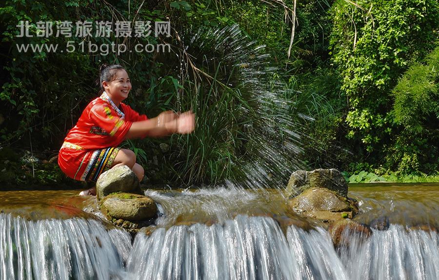 羅盛作品-燦爛的季節-羅盛-15807709889-防城九龍潭