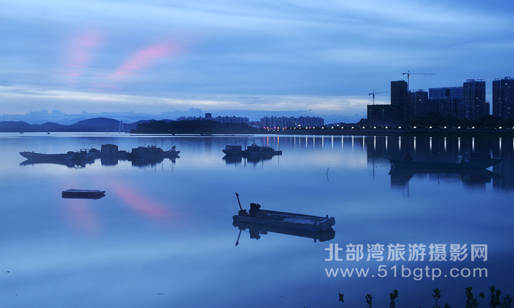 羅盛作品-藍色海灣-羅盛-15807709889