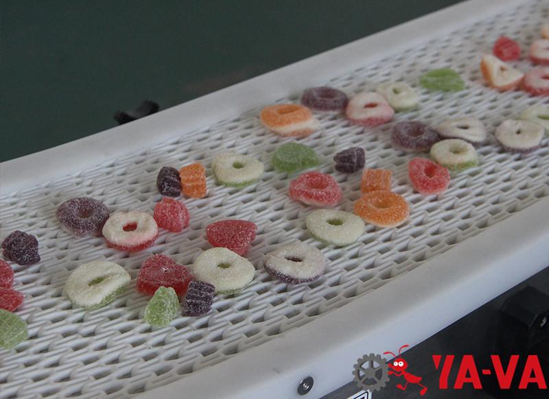 食品行業-轉彎網帶輸送機1-7