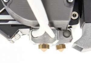 搖擺式雙噴頭設計-300x207-1-300x207