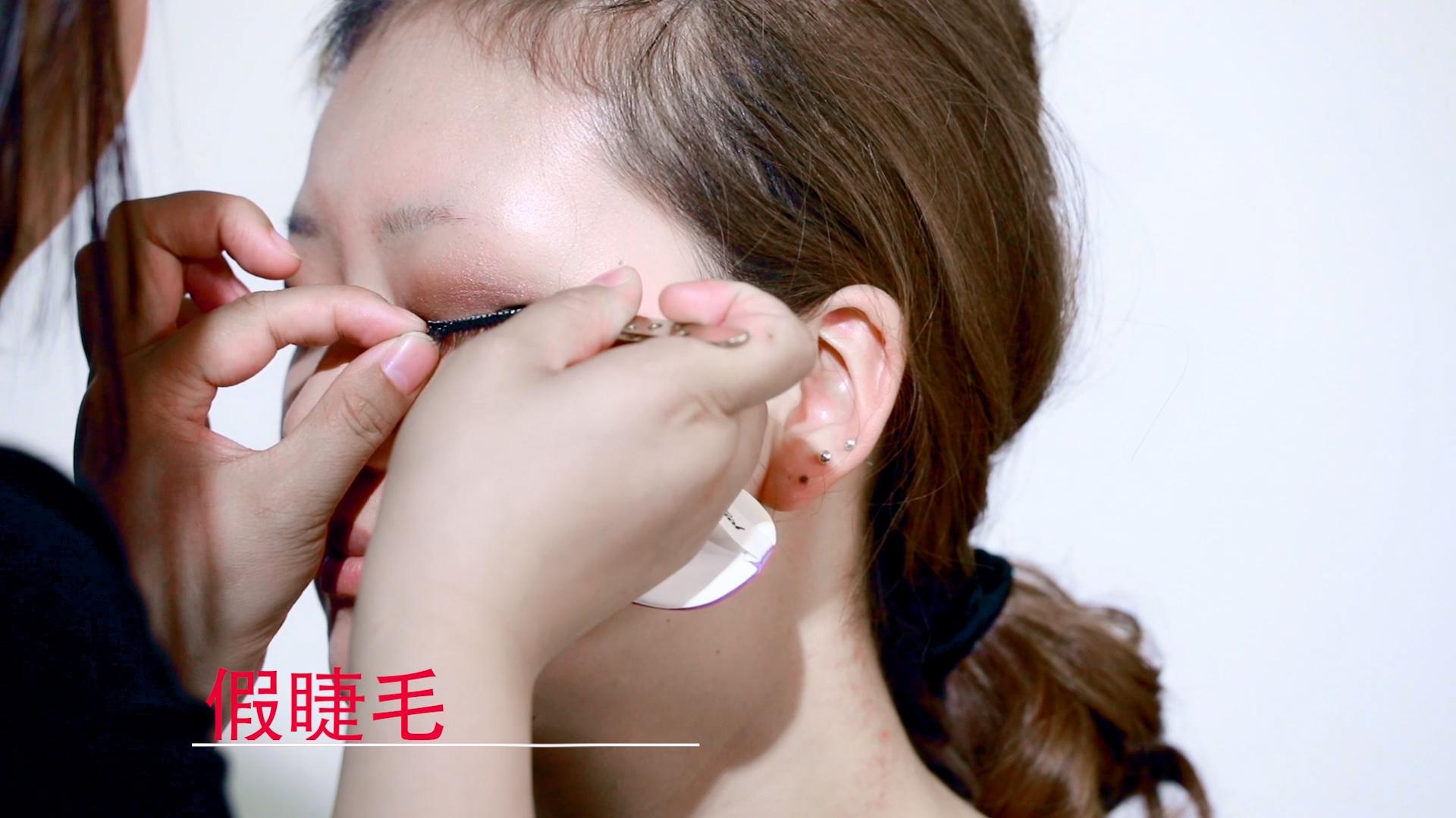 假睫毛 亚博app官方下载苹果学校