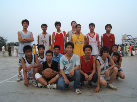 籃球社成員風采01