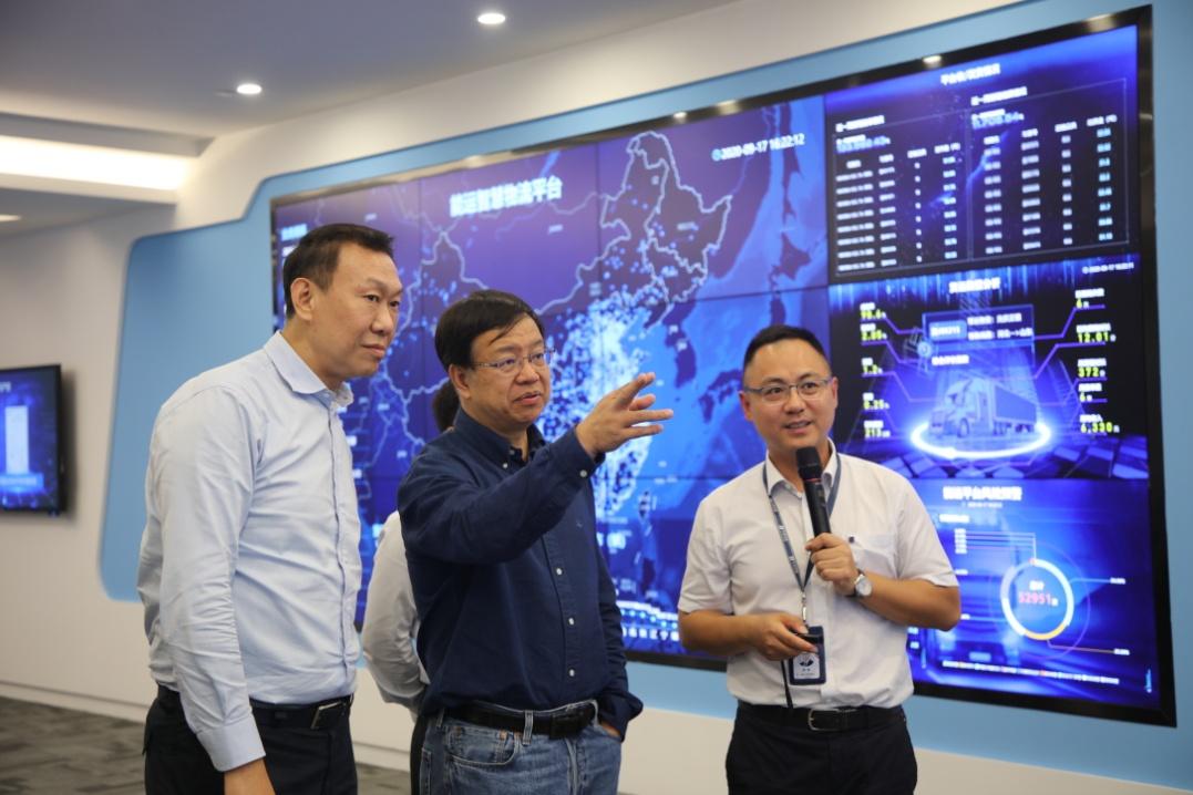 集團公司總經理、黨組副書記鄧建玲到能源交通公司駐寧企業調研