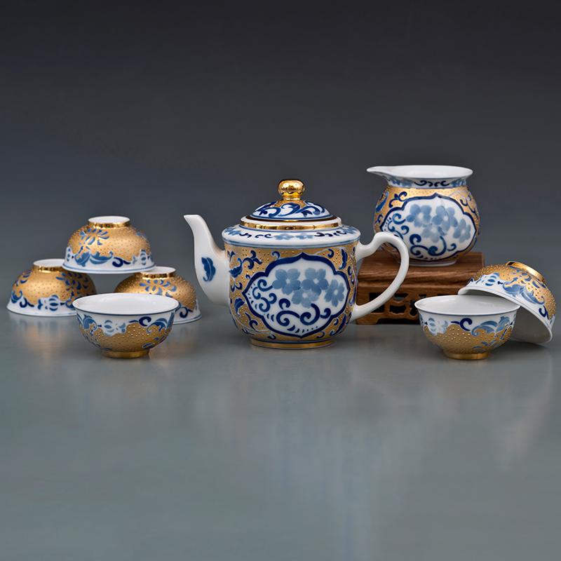 金钟壶梅花纹描金茶具