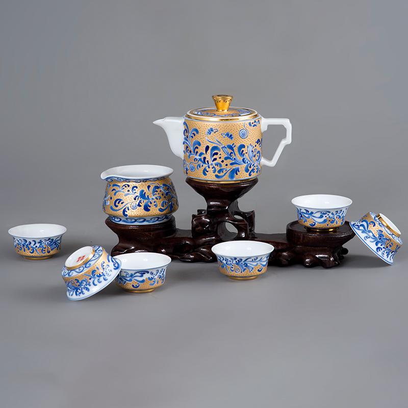 卷草纹描金茶具