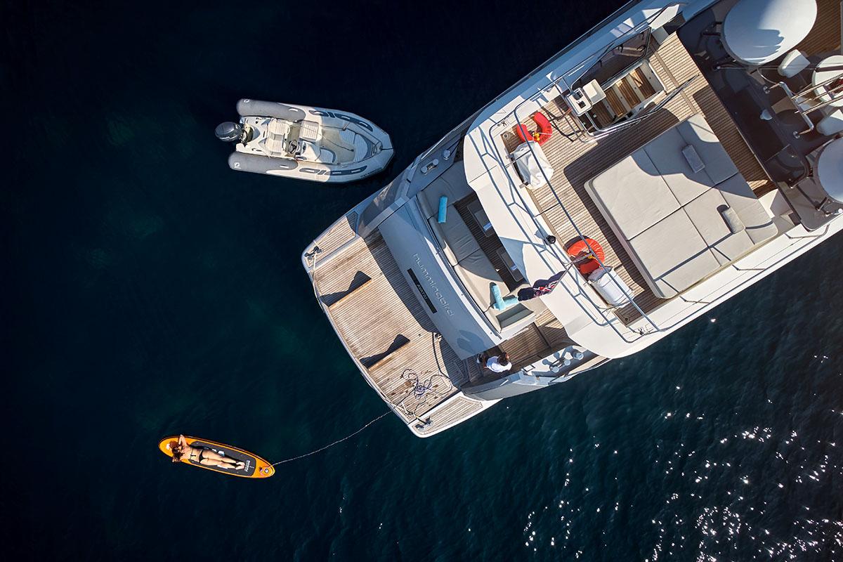 租一艘豪华游艇,来一次您说了算的航行!