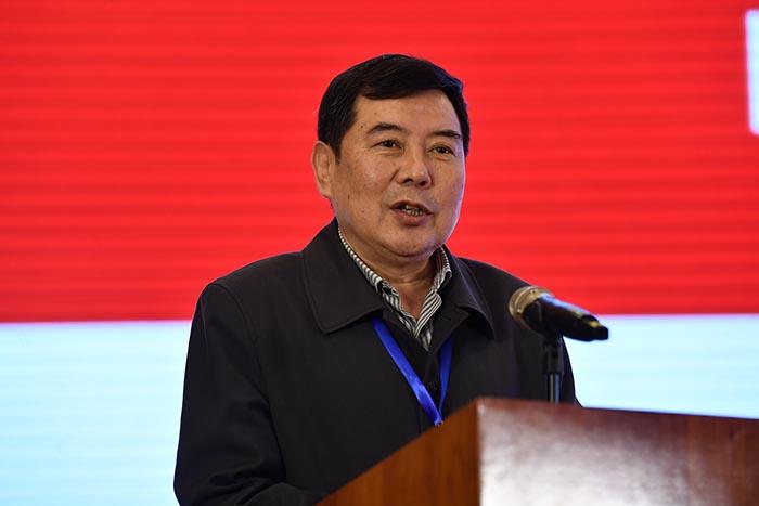 新當選中國成協第六屆理事會會長高文兵在第六屆理事會第一次會議上講話