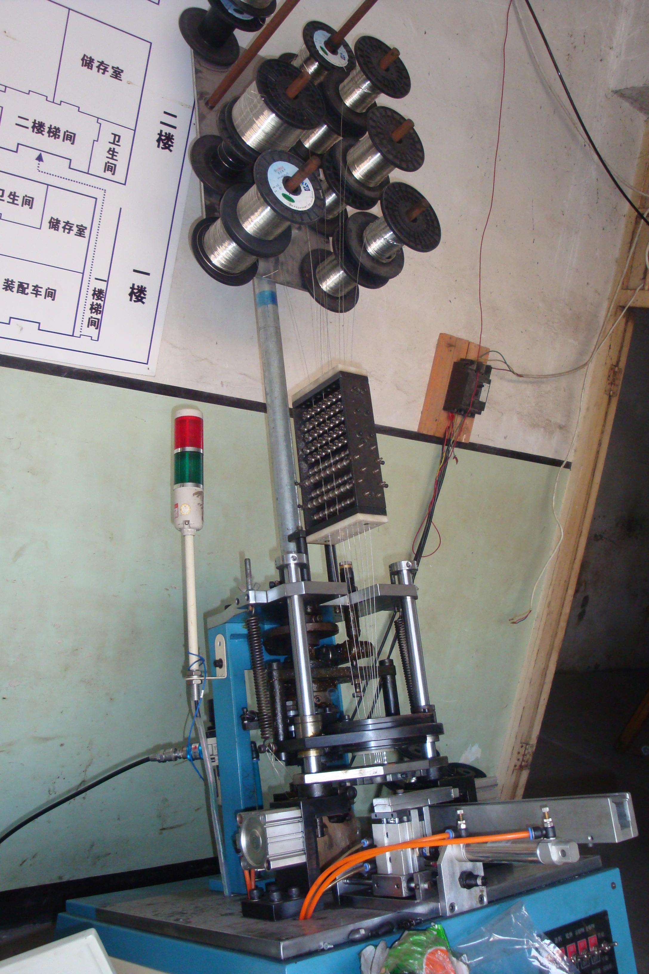 骨架插针机2