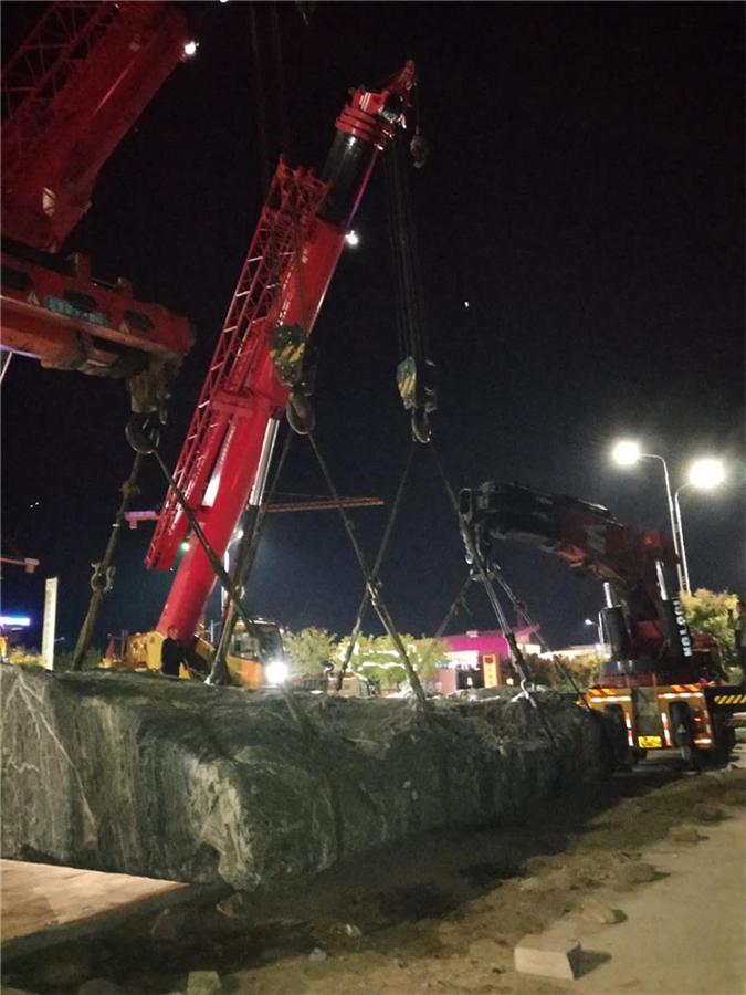 滄州吊車出租施工現場