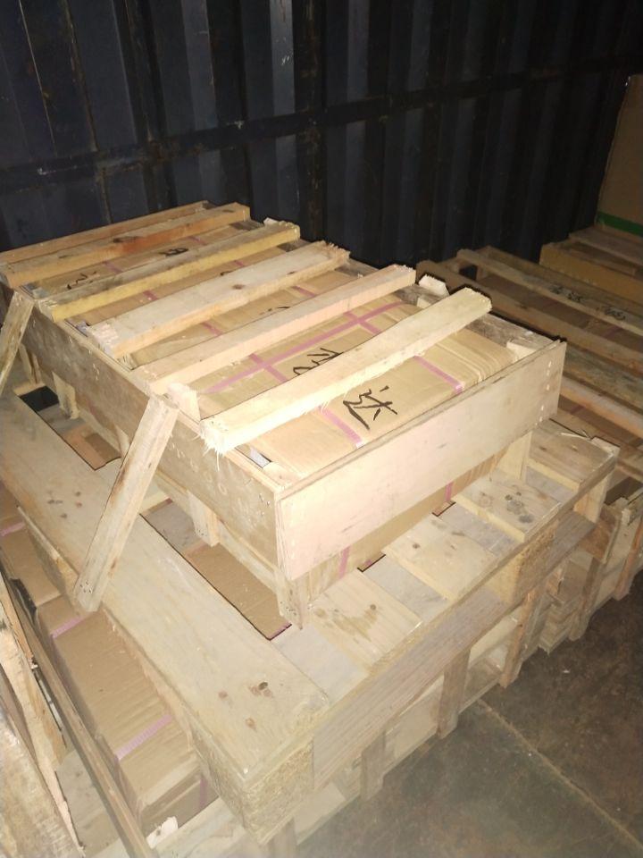 地板磚空運及木架包裝