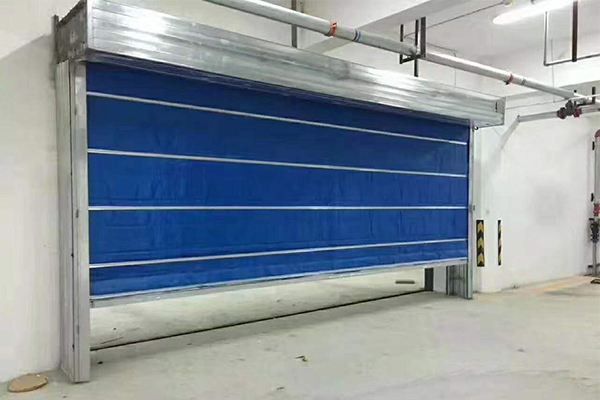 Inorganic cloth fireproof rolling shutter door
