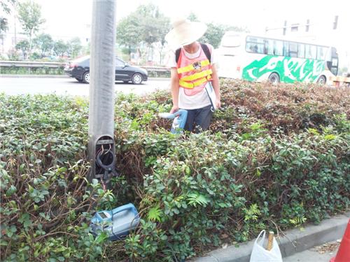 工程一處在江北大道進行地下管線探測