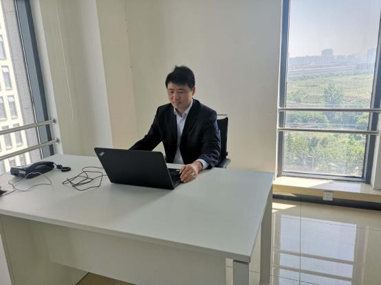 D:\2019专家TEAM新增人员\porject管理\张京成\张京成 (2).jpg