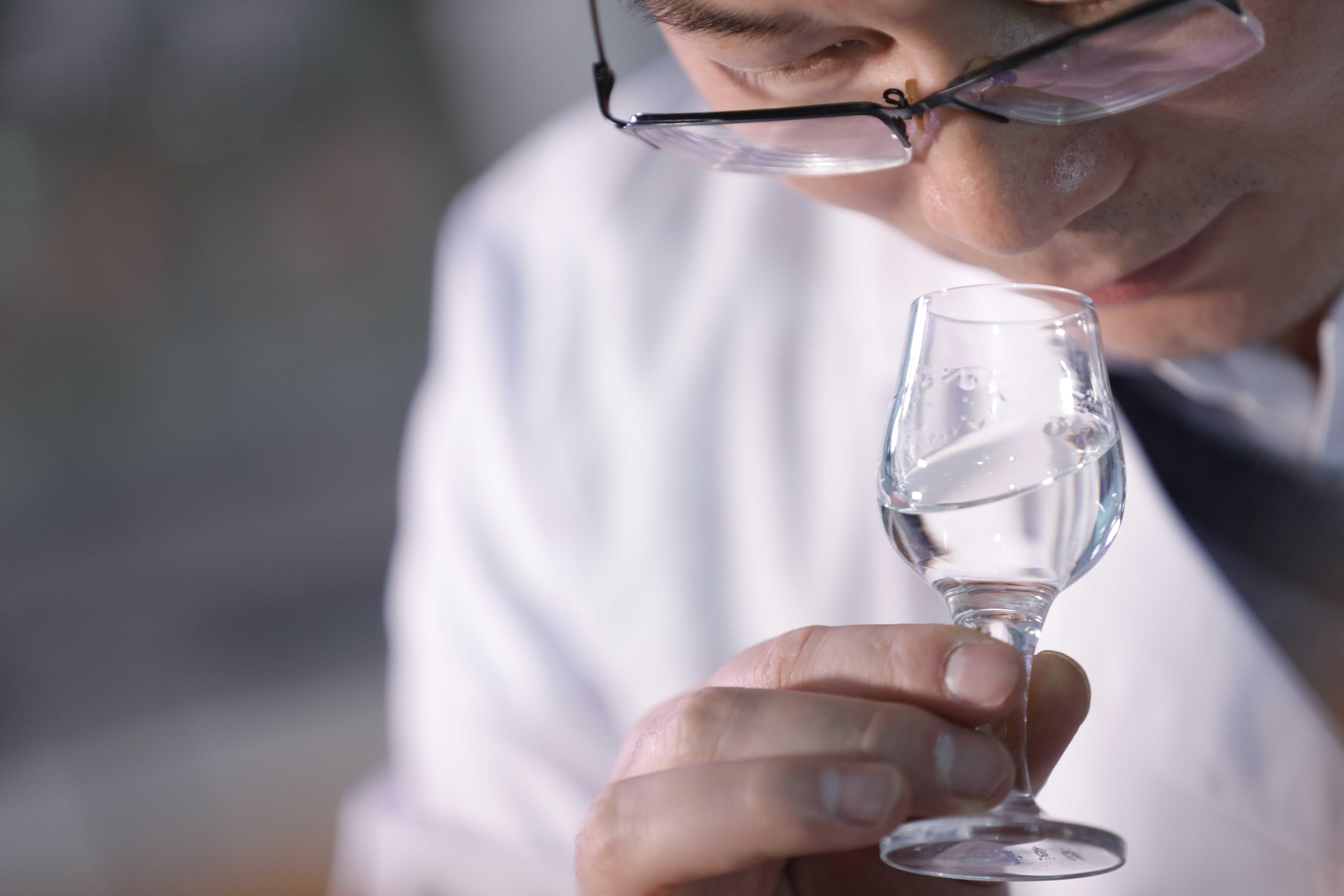 金秋碩果,釣魚臺酒業貴州省級白酒評委增至5位!