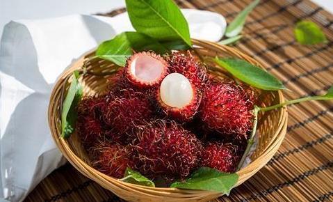 """這種""""毛絨絨""""的水果是叫紅毛丹?"""