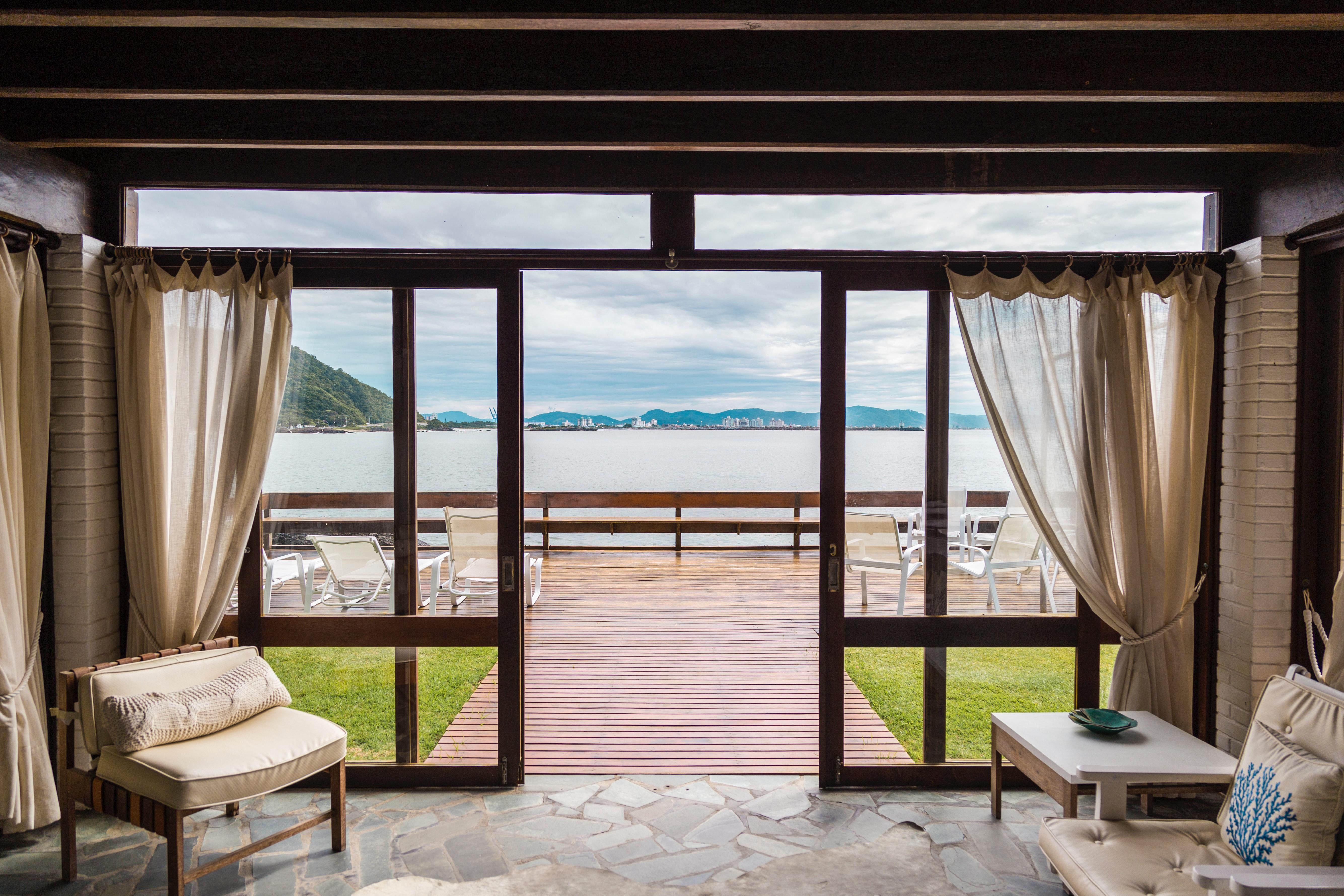 architecture-beach-beach-front-2598638