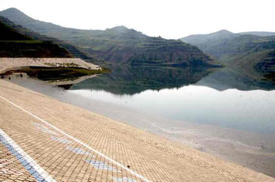 水利工程-内蒙古乌兰木伦湖一号坝项目