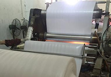 珍珠棉卷料生产车间