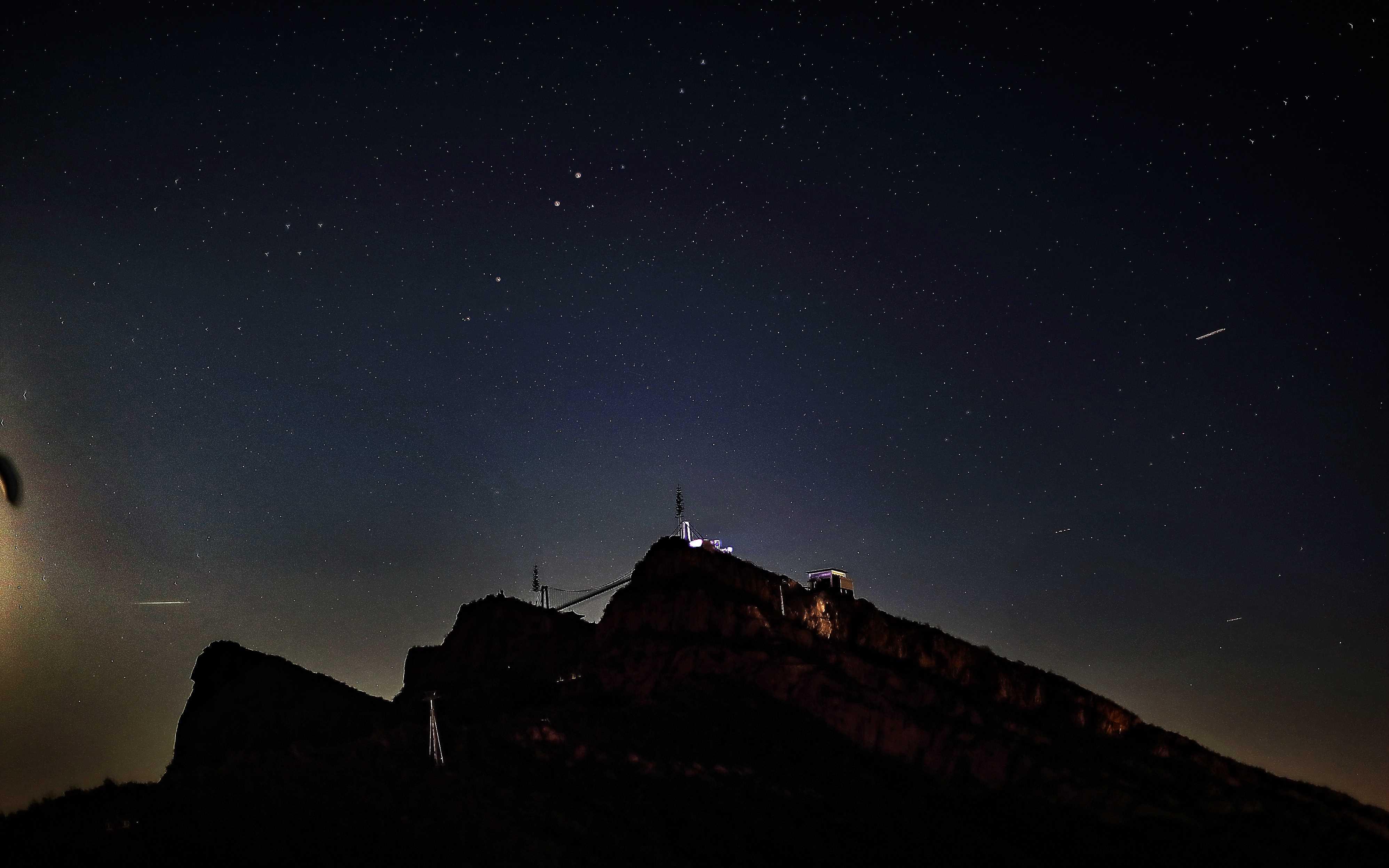 麒麟山-吊橋星星2