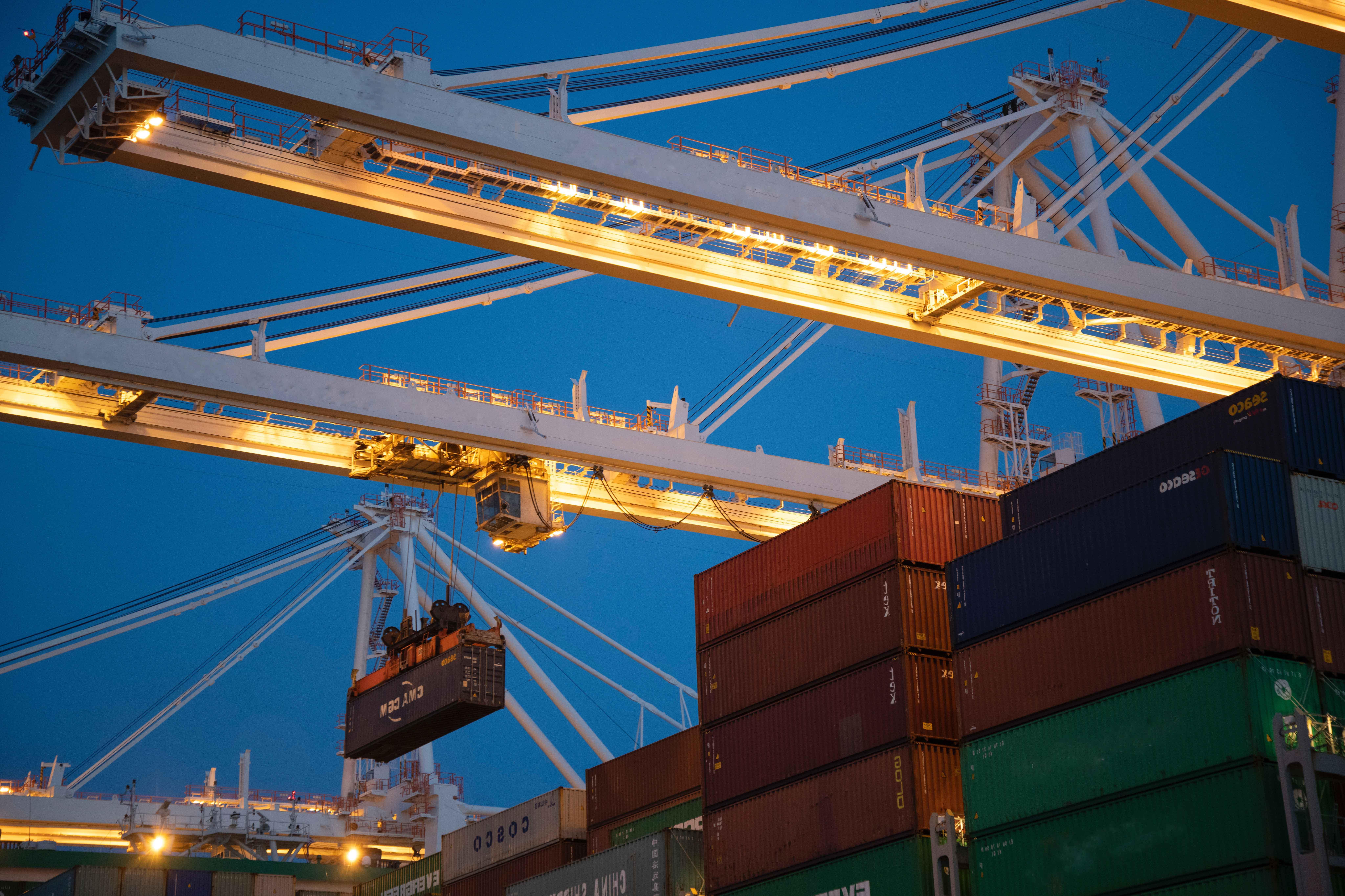 cargo-cargo-container-cargo-ship-1117211