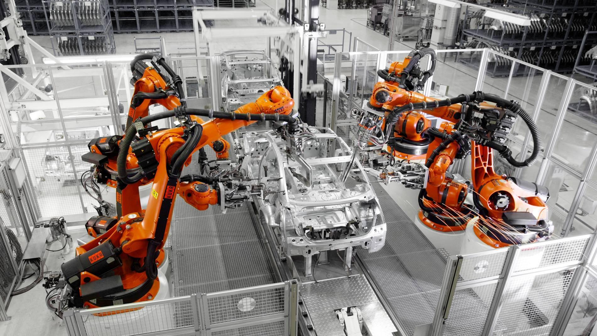 KUKA庫卡機器人汽車車身點焊  X Robotics愛科思機器人x-ltd.com