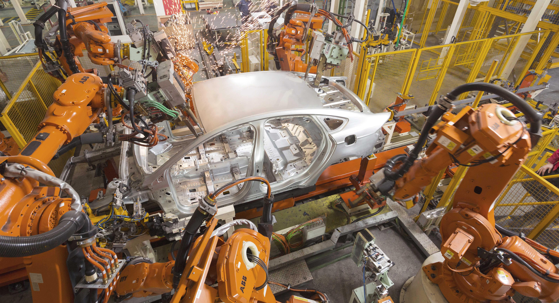 ABB機器人車身點焊  X Robotics愛科思機器人x-ltd.com