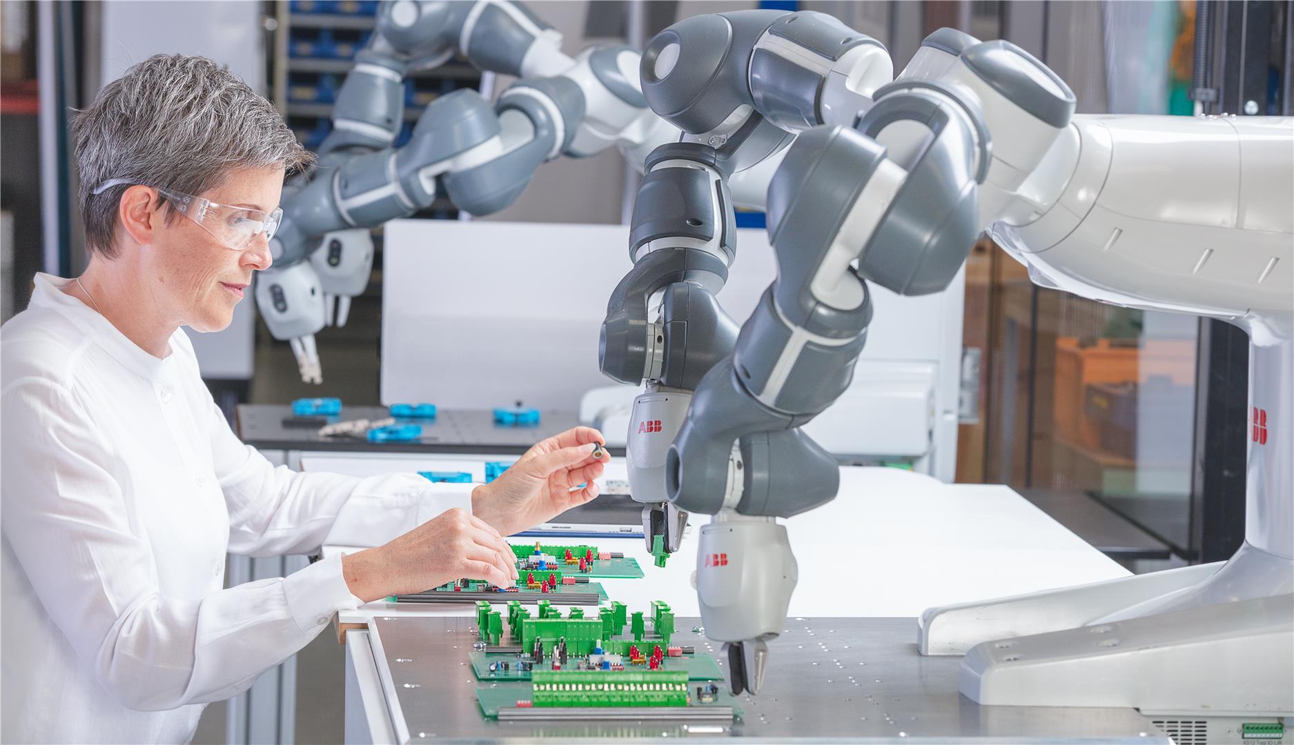 ABB機器人yumi 3C組裝 X Robotics愛科思機器人x-ltd.com