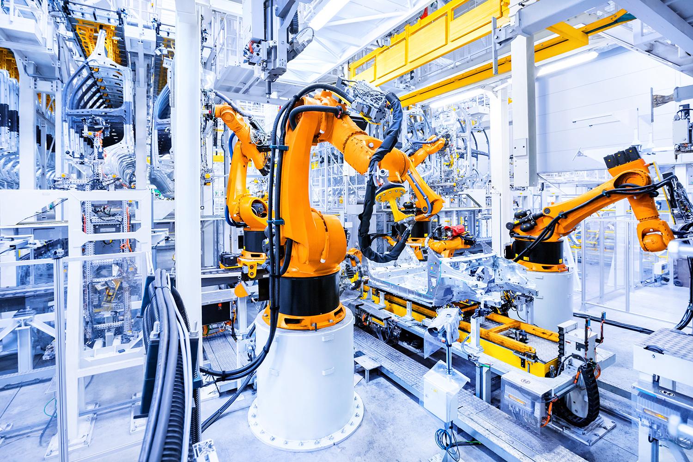KUKA庫卡機器人汽車組裝  X Robotics愛科思機器人x-ltd.com