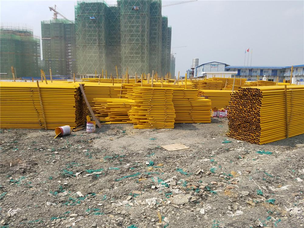 在建工地使用钢管