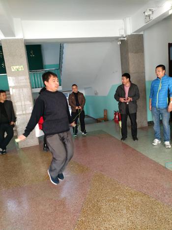 jiaoshiyundonghui-1