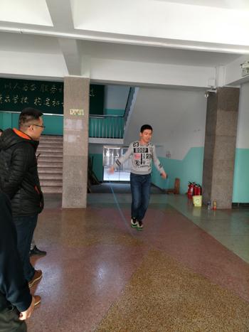 jiaoshiyundonghui-4