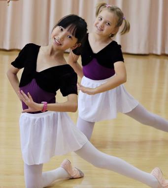 E:\nicole\宣傳文案\網頁更新資料\201912網頁更新\課程項目照片\中國舞考級.jpg