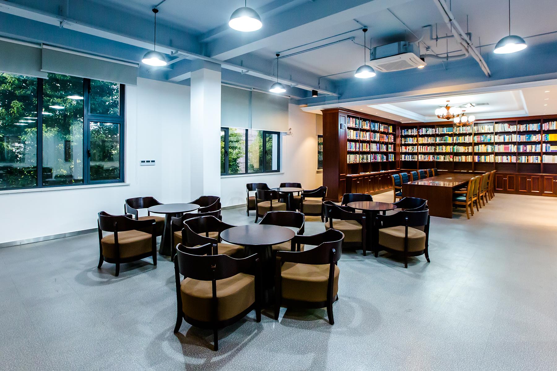 上海财经大学图书馆9