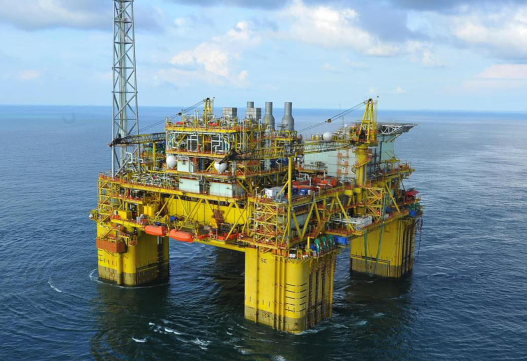 為中集來福士FPSO藍鯨1號/藍鯨2號項目提供60MW發電機供電服務