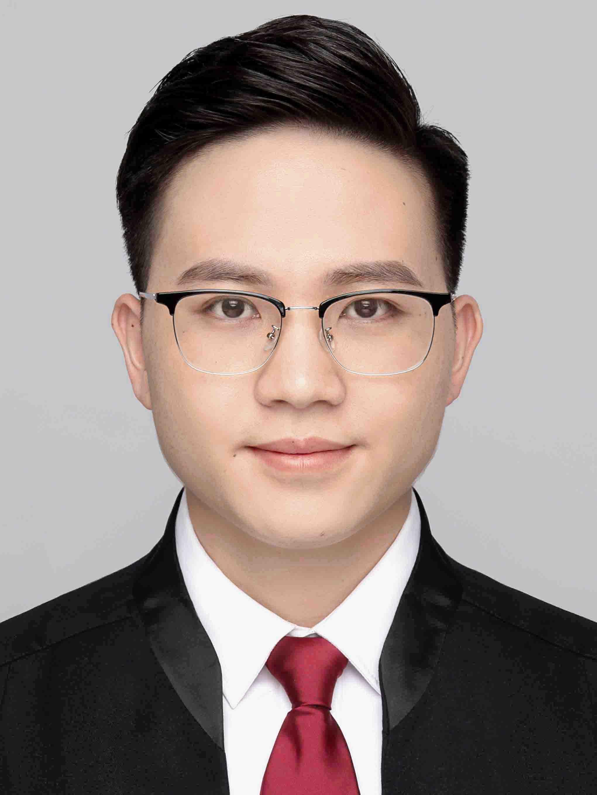 叶斌律师_黄斌浩(实习律师)