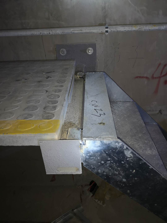疏散平臺鋼梯1-1