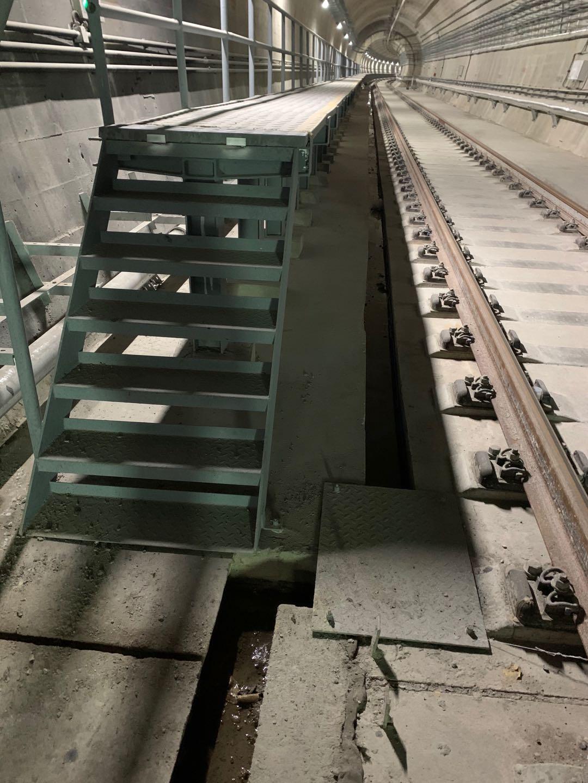 疏散平臺鋼梯1-3