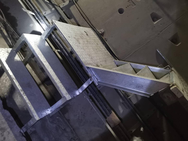 疏散平臺鋼梯1-7