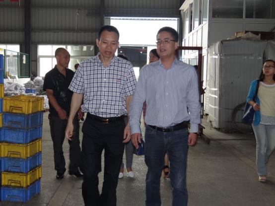 F:\员工信息资料\资料、照片\2013.10.9温州总工会\DSC00819.JPG