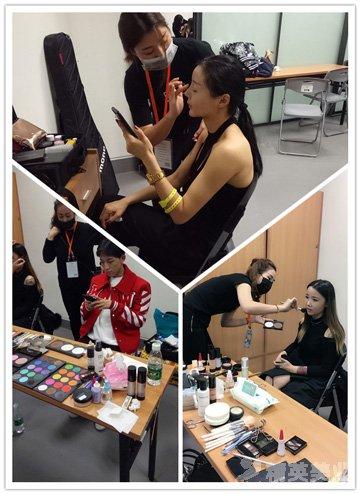 精英化妝師們正在為藝人精心設計化妝造型2