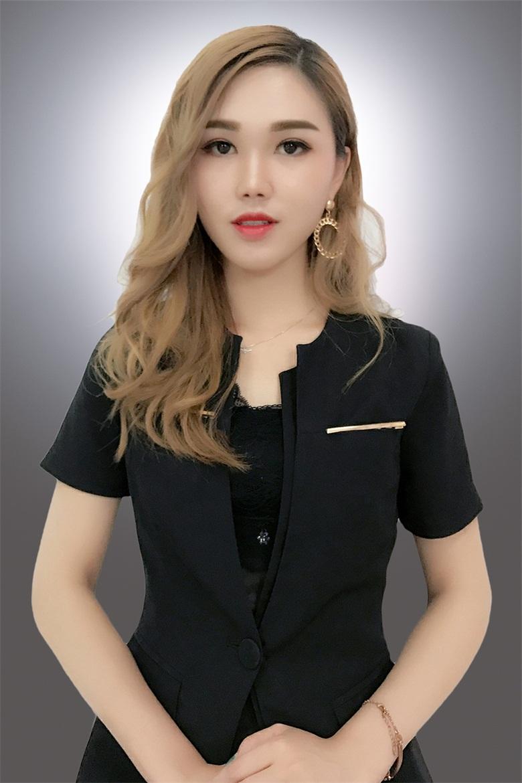楊海宜化妝老師