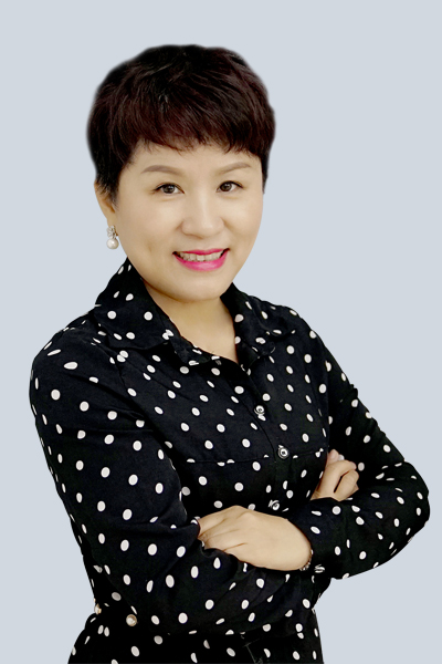深圳精英培訓學校招生部主任,國家級美容技師、資深美容培訓導師