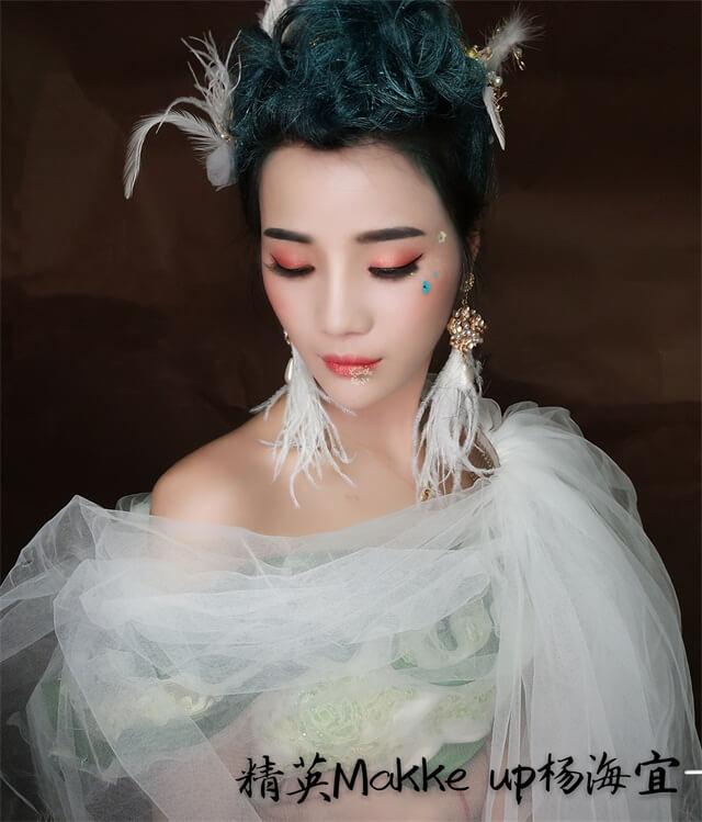 精英化妝培訓學校高級化妝師楊海宜時尚化妝作品分享