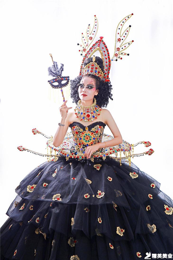 化妝造型:羅澤鑾