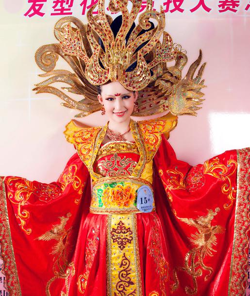 第九屆中華兩岸世界潮流發型化妝技能大賽作品2
