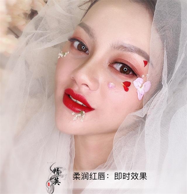 半永久紋唇作品:柔潤紅唇2