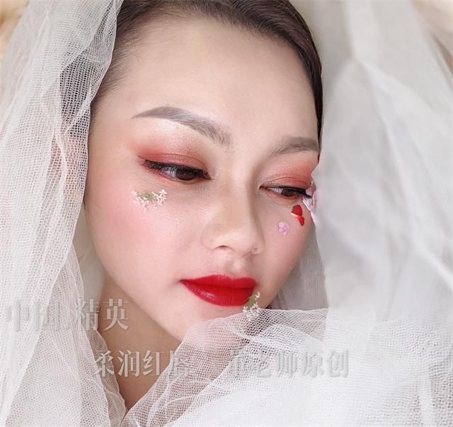 半永久紋唇作品:柔潤紅唇3