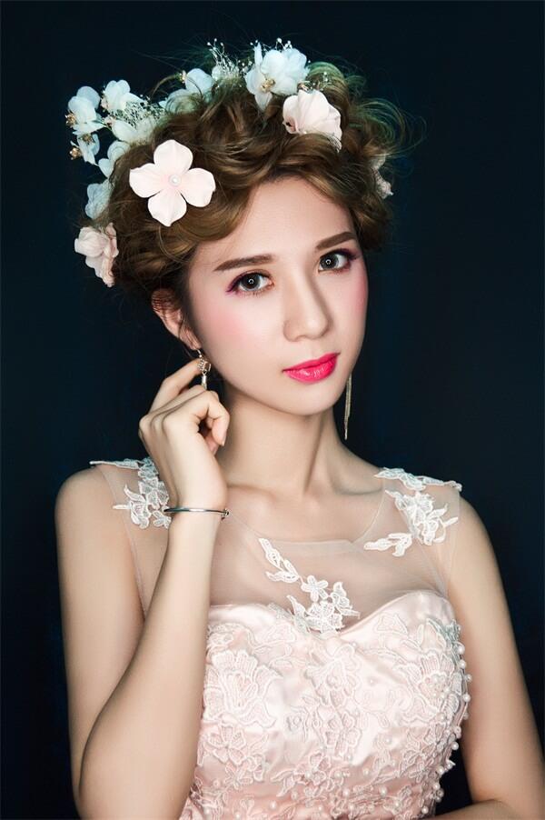 化妝作品:時尚新娘化妝