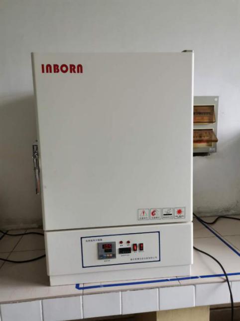 电热鼓风干燥箱设备介绍