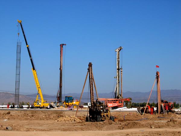 張石高速公路一期L5合同段鑽孔灌注樁工程